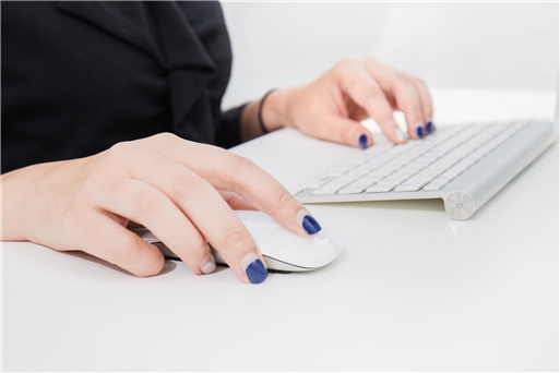自动回复客户咨询