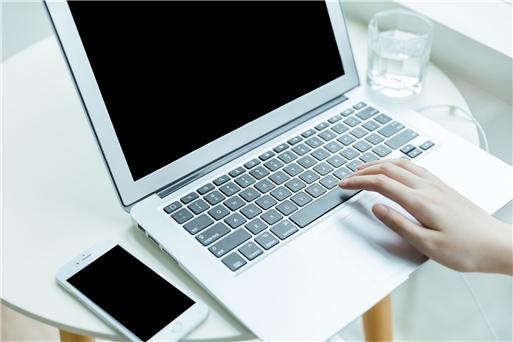 在线客服对话框html