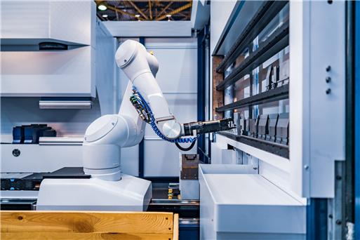 实体型智能服务机器人