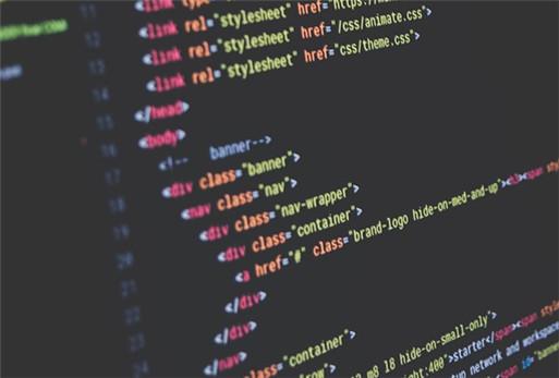 生成在线聊天沟通功能代码